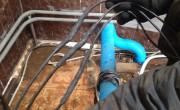 Спайка силового кабеля ответственный момент при монтаже водопогружных насосов. От этого зависит «надёжное снабжение» электродвигателя насоса электротоком.